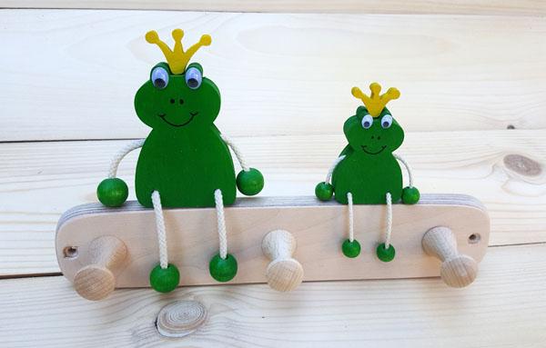 Garderobe Kinder 3 Haken 2 Frosch.jpg